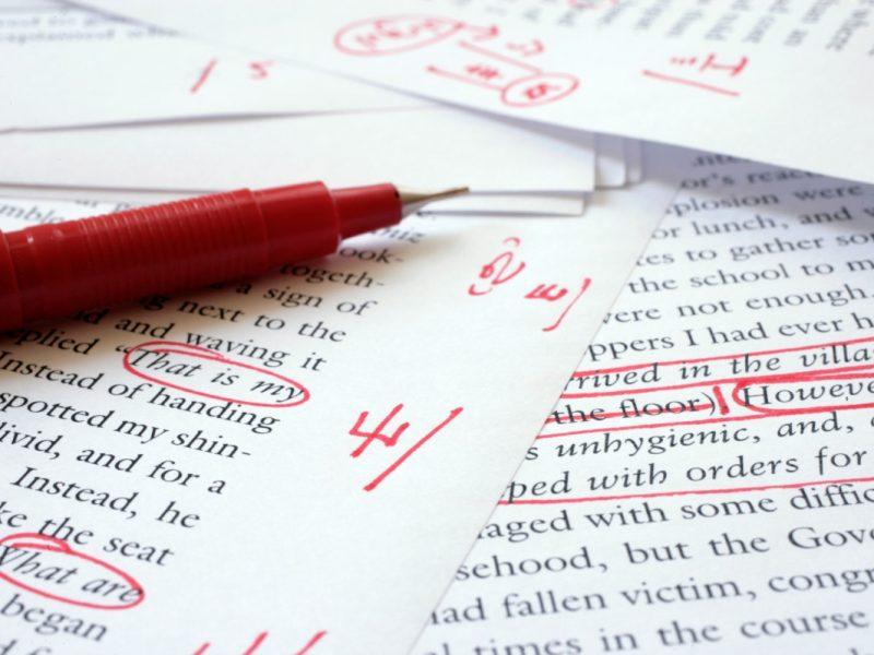 Raudonu tušinuku redaguotas tekstas